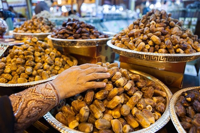 15 must-try foods in Dubai: Your guide to best Emirati cuisine
