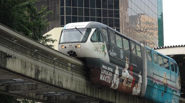 Kuala lumpur Aquaria monorail